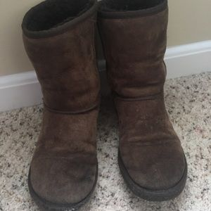 UGG CLASSIC SHORT BROWN BOOTS SIZE 7